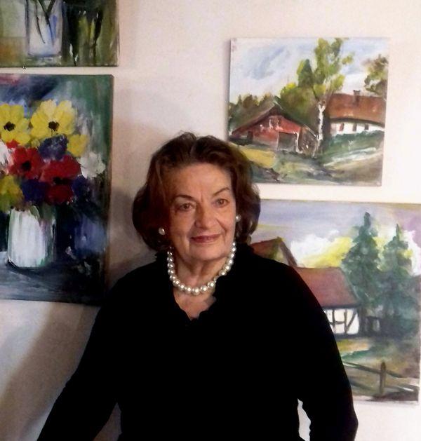 Gertrud Laux
